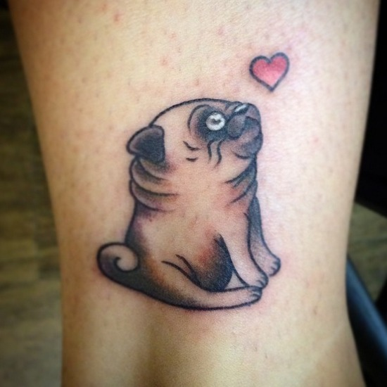 tattoo sobre perros a color